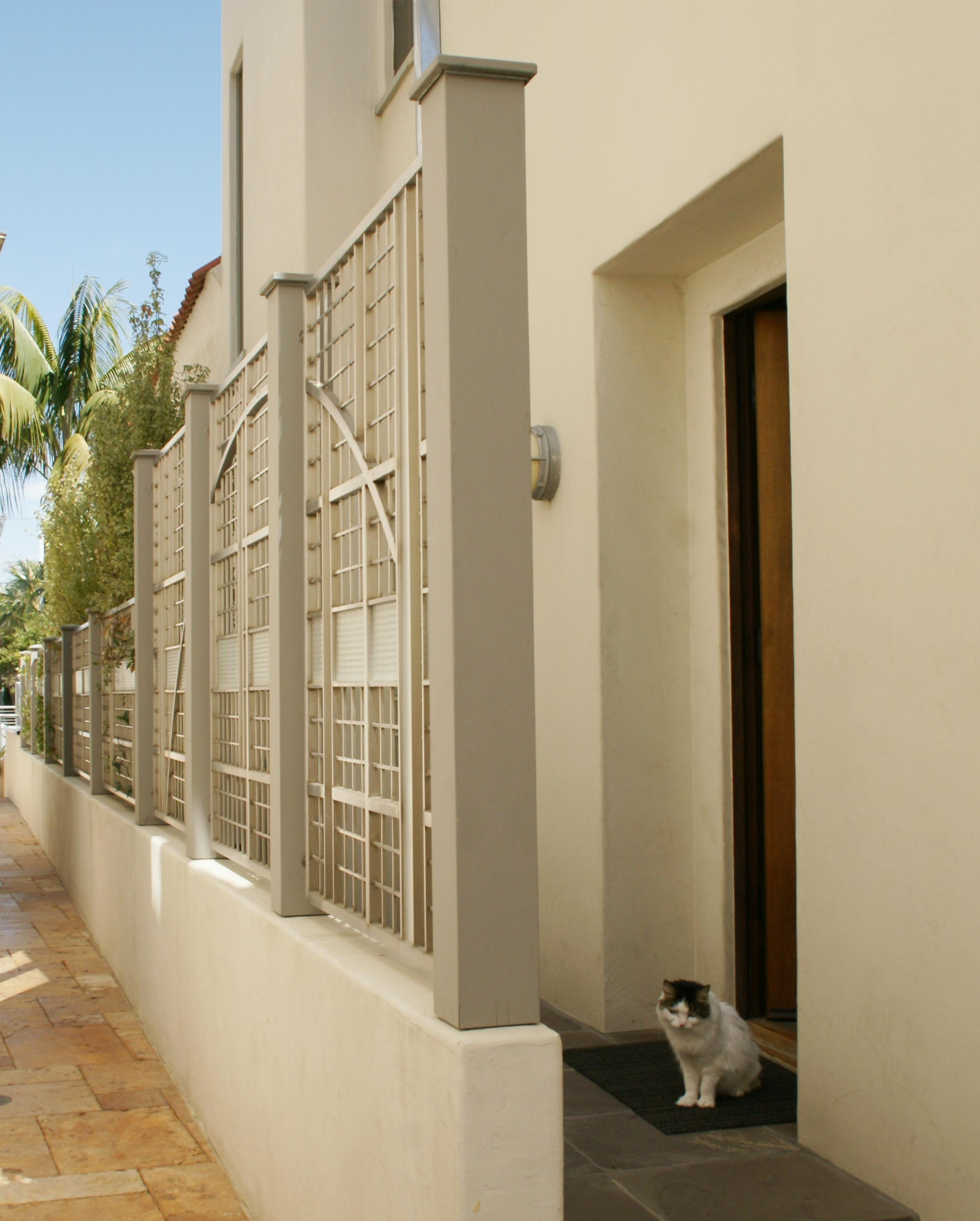 Sideyard Fence - 3.jpg