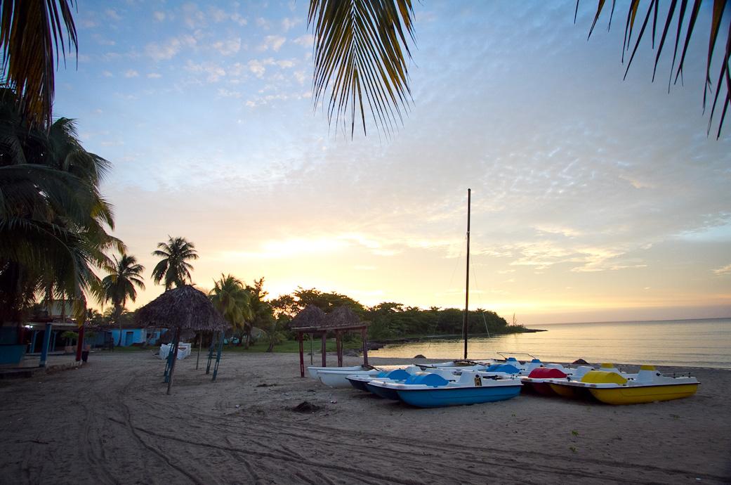 Beach, Enridan Lodge, Cuba