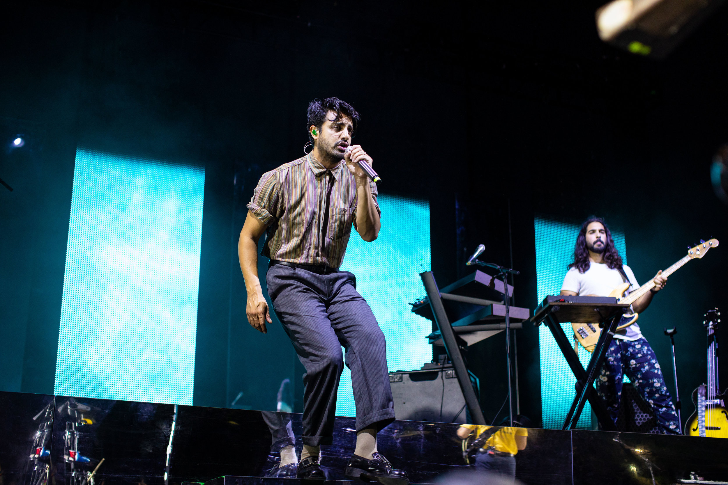 Poulos-YoungTheGiant-Raleigh-2019-1.jpg