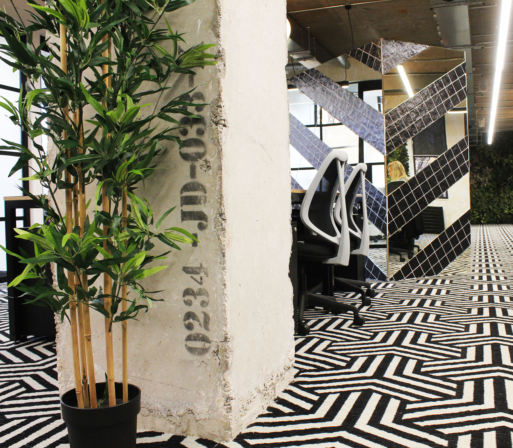 Floor 01-Stencil__Iconic Offices_The Greenway Building_7.jpg