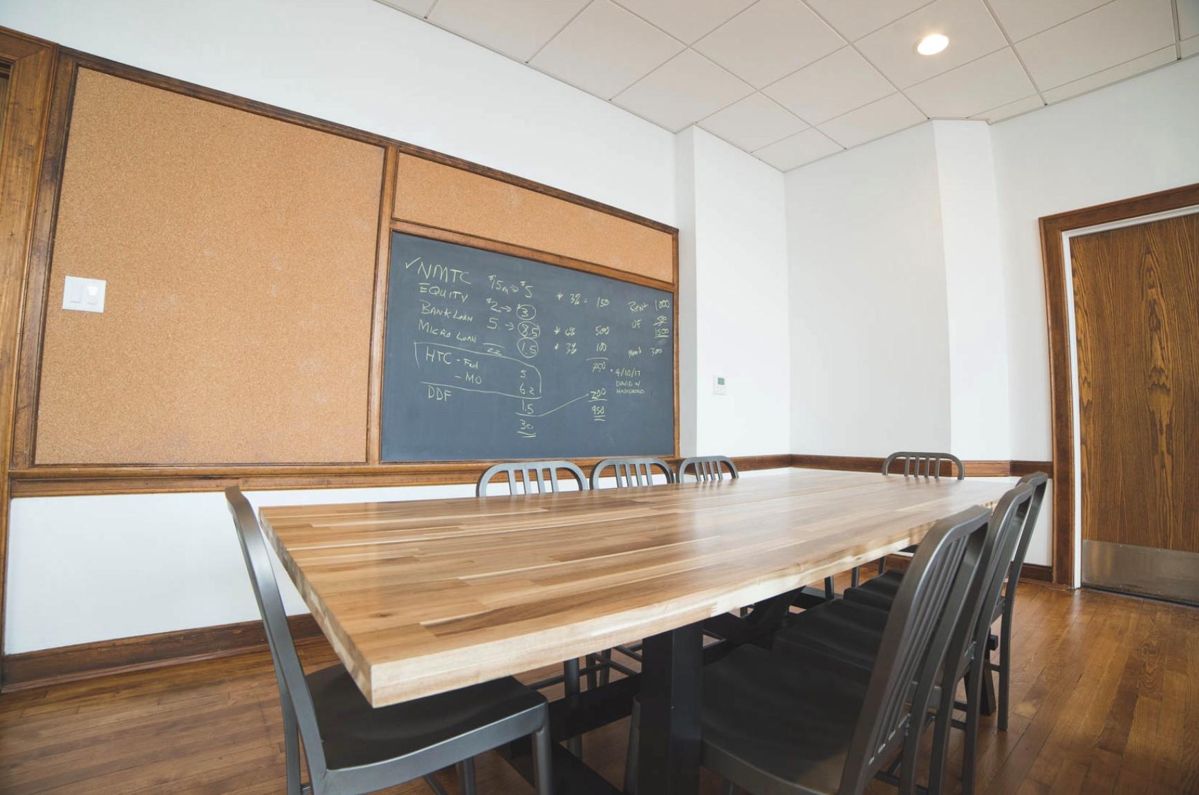 plexpod classroom with chalkboard.jpg