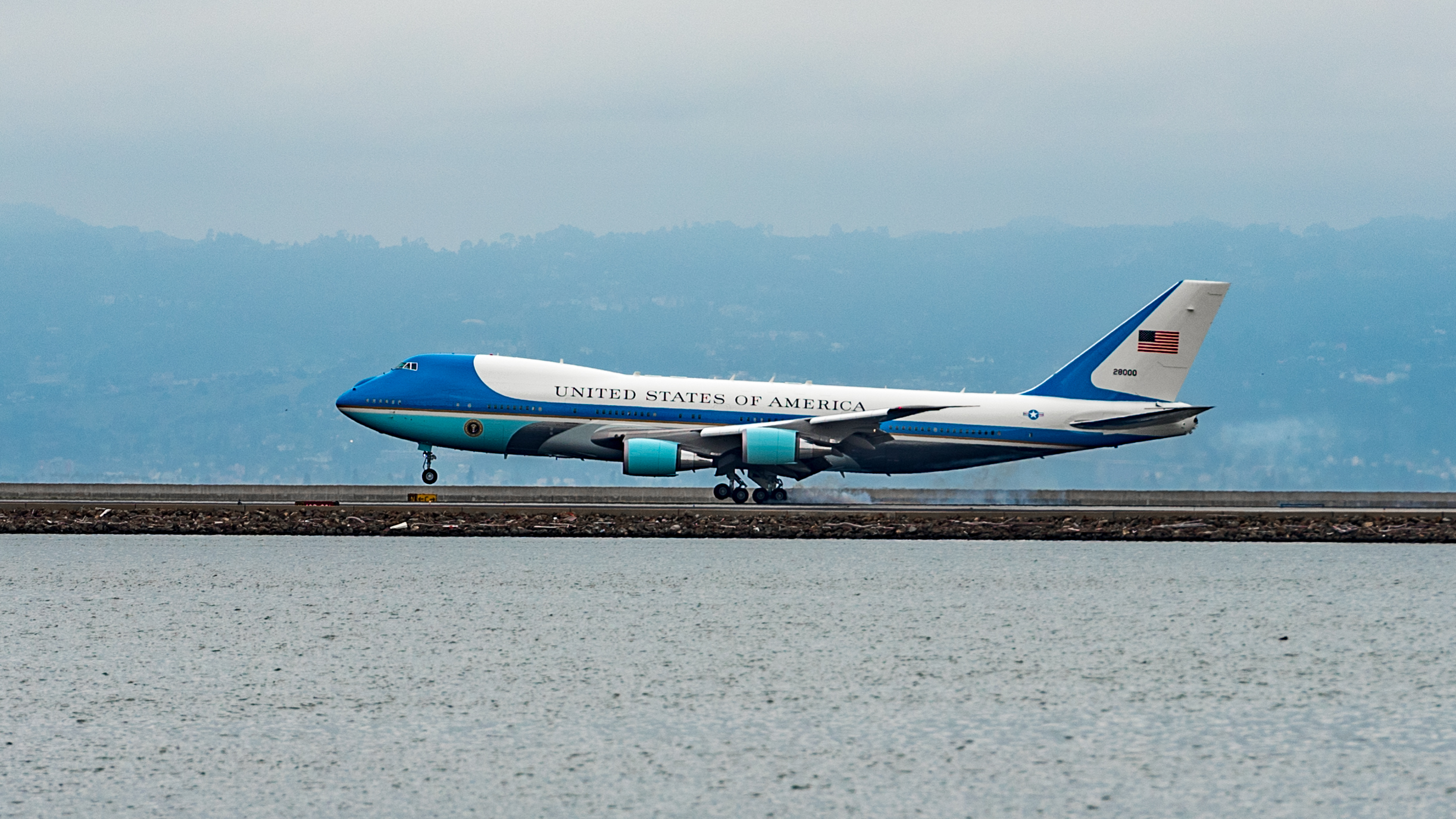 Air Force One @ SFO