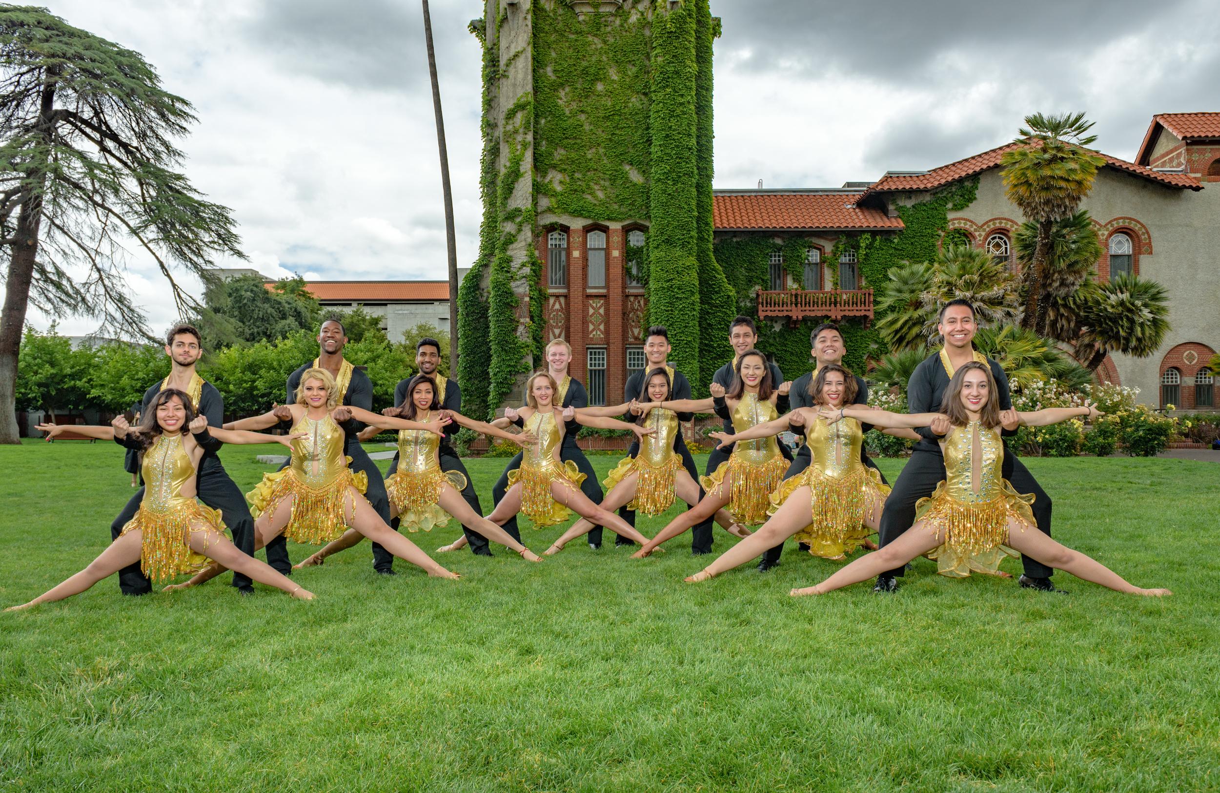 Salsa Dance team-42.jpg