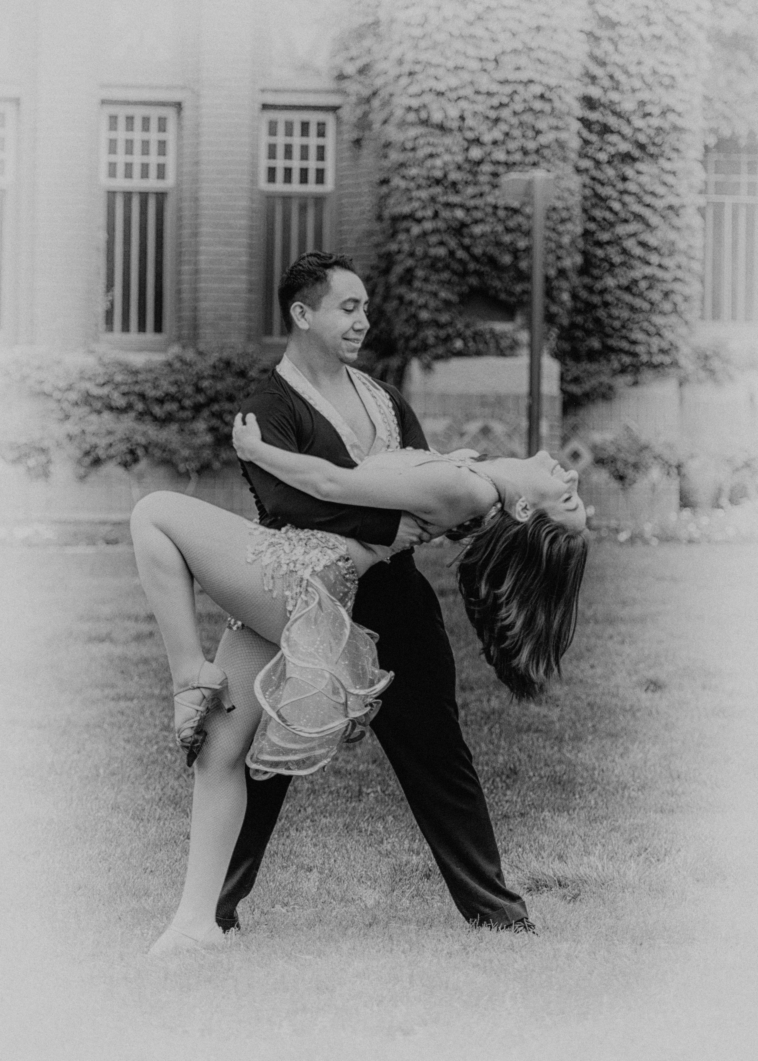 Salsa Dance team-131.jpg