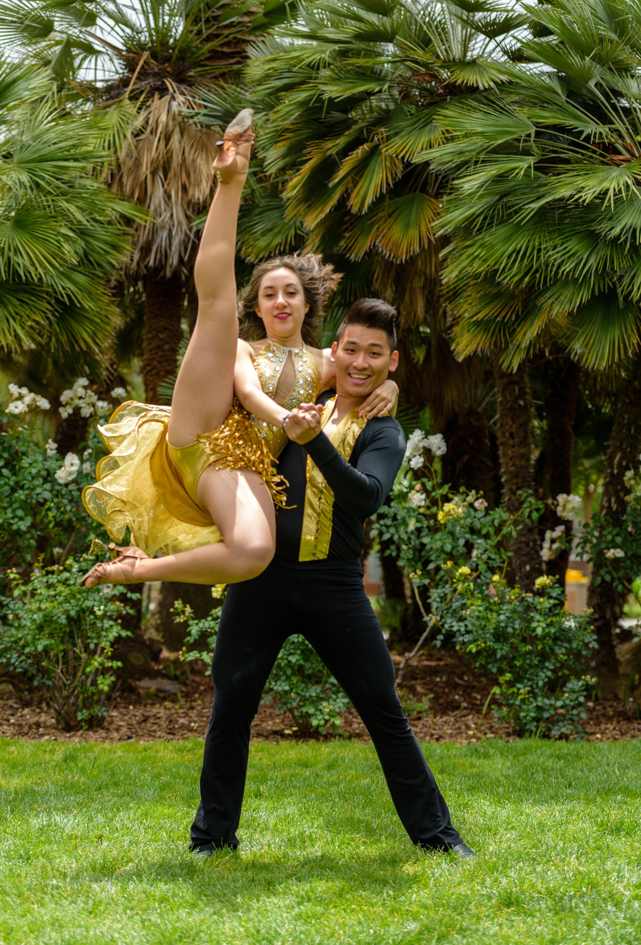 Salsa Dance team-148.jpg
