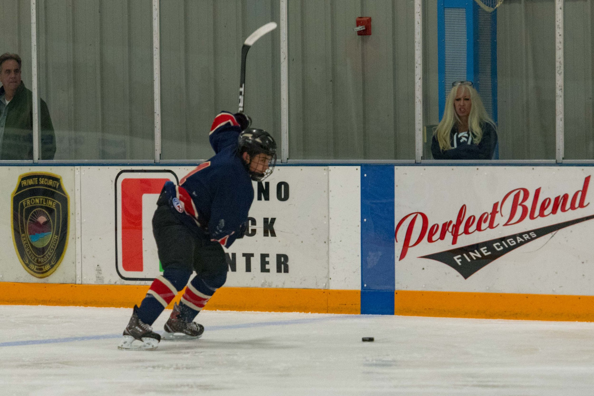 Ice dogs v WC Seals 10-13-17-11.jpg