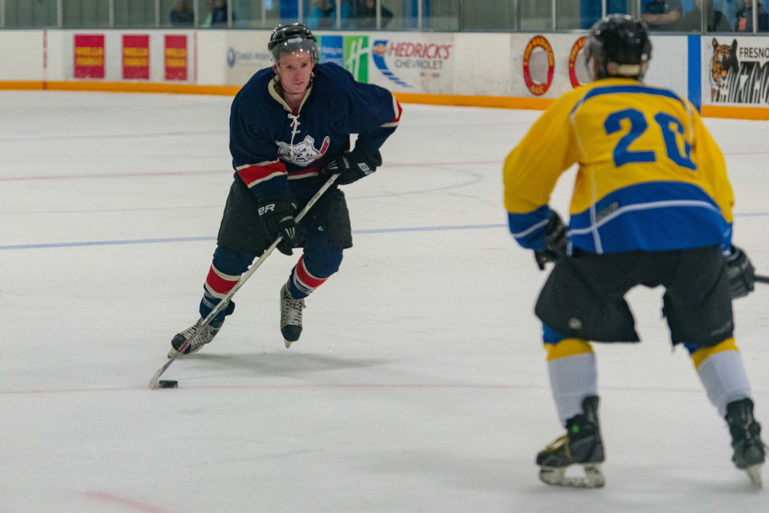 Ice dogs v WC Seals 10-13-17-36.jpg