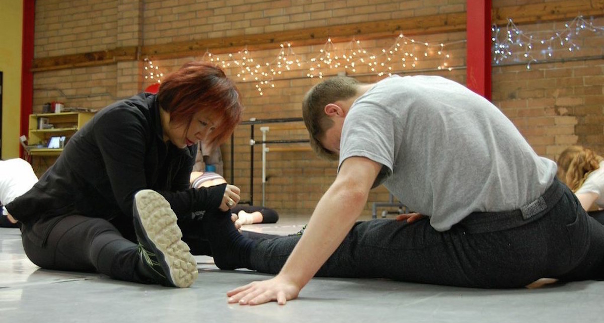 dale stretching student.jpg