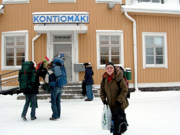 Inka outside the station