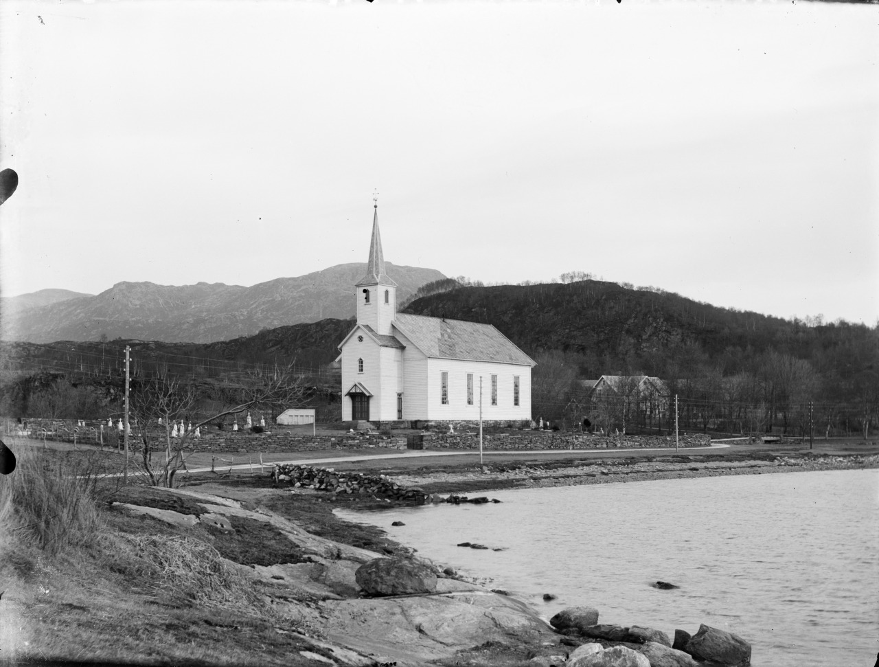 Askvoll Church