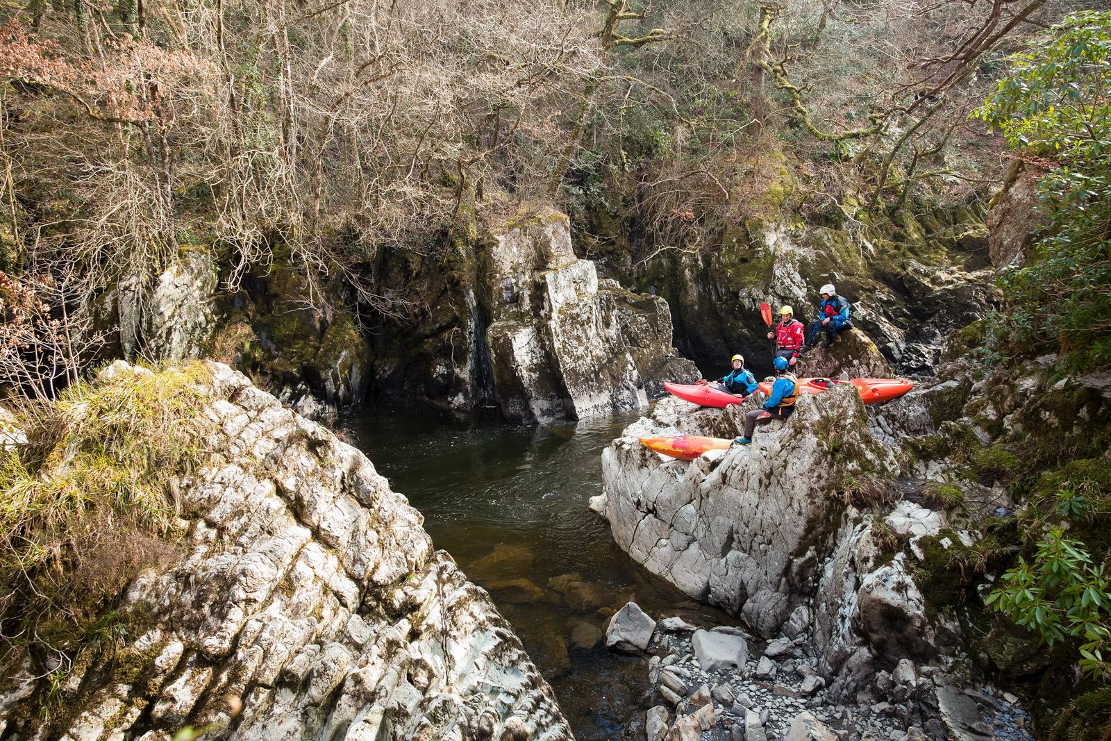 Kayakers-Chilling.jpg