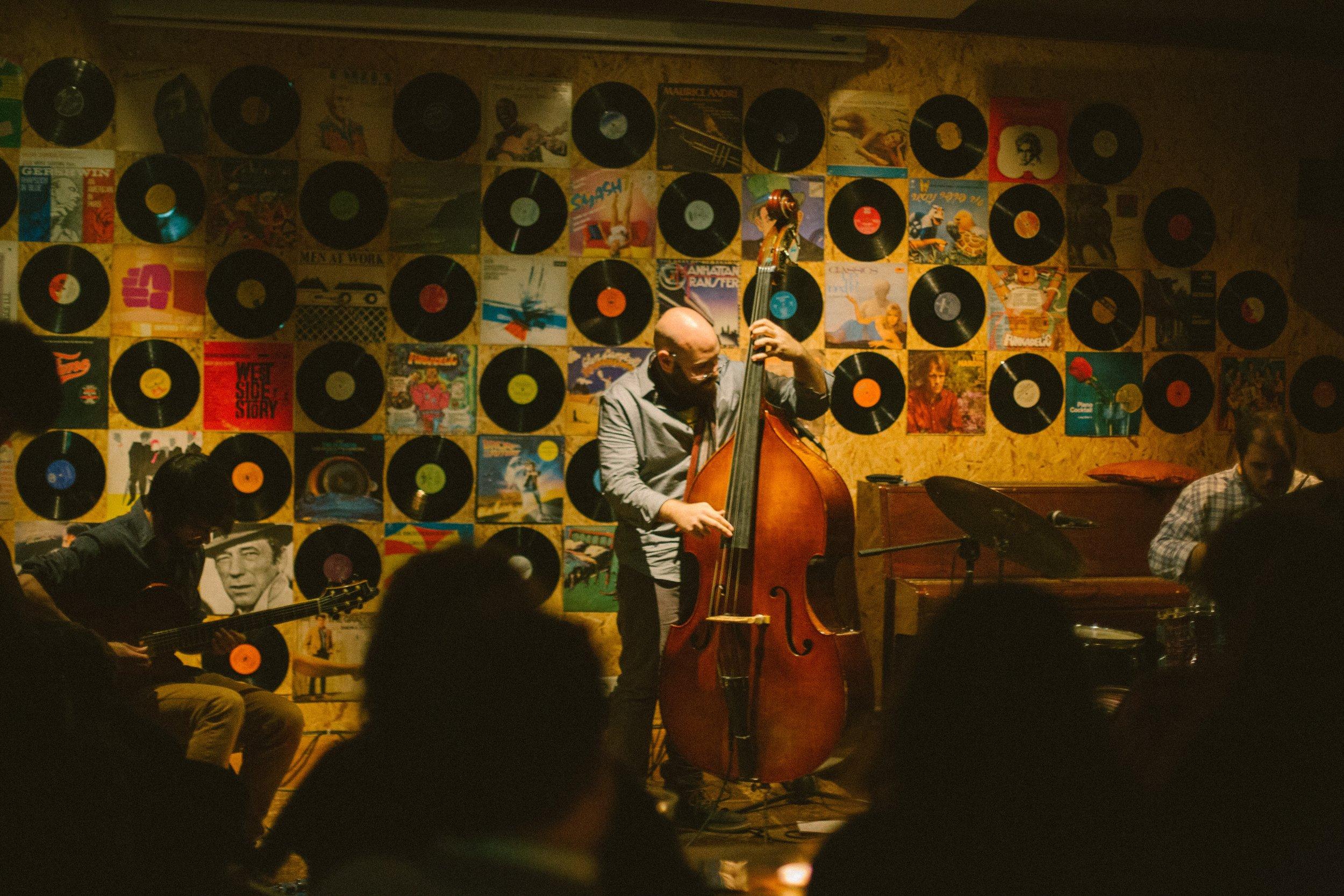 Live at Hoodna, Tel Aviv, Israel By Yair Taragano