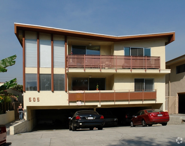 505-n-alfred-st-west-hollywood-ca-building-photo.jpg