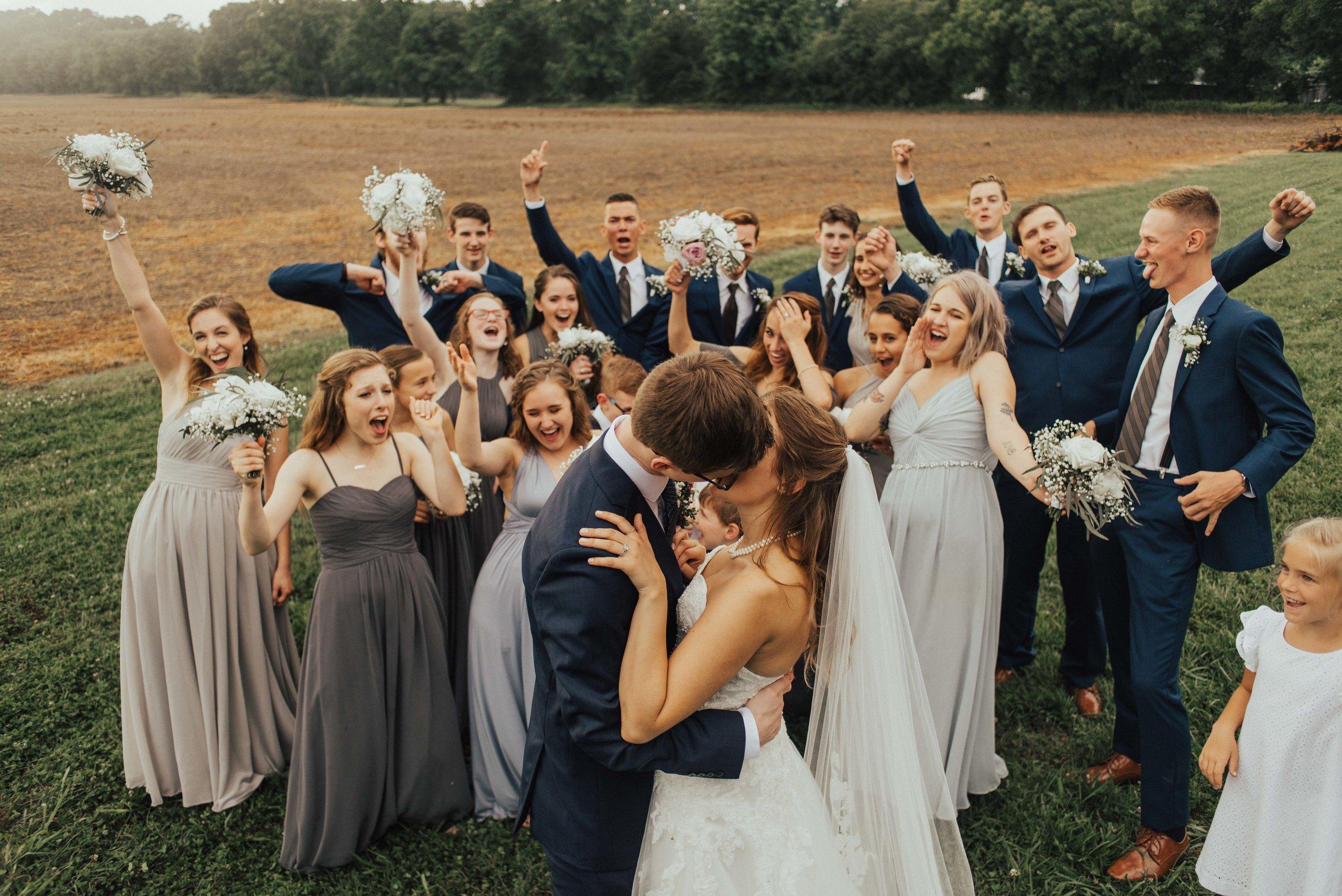 Virginia Bridal Party. SB Photographs.jpg