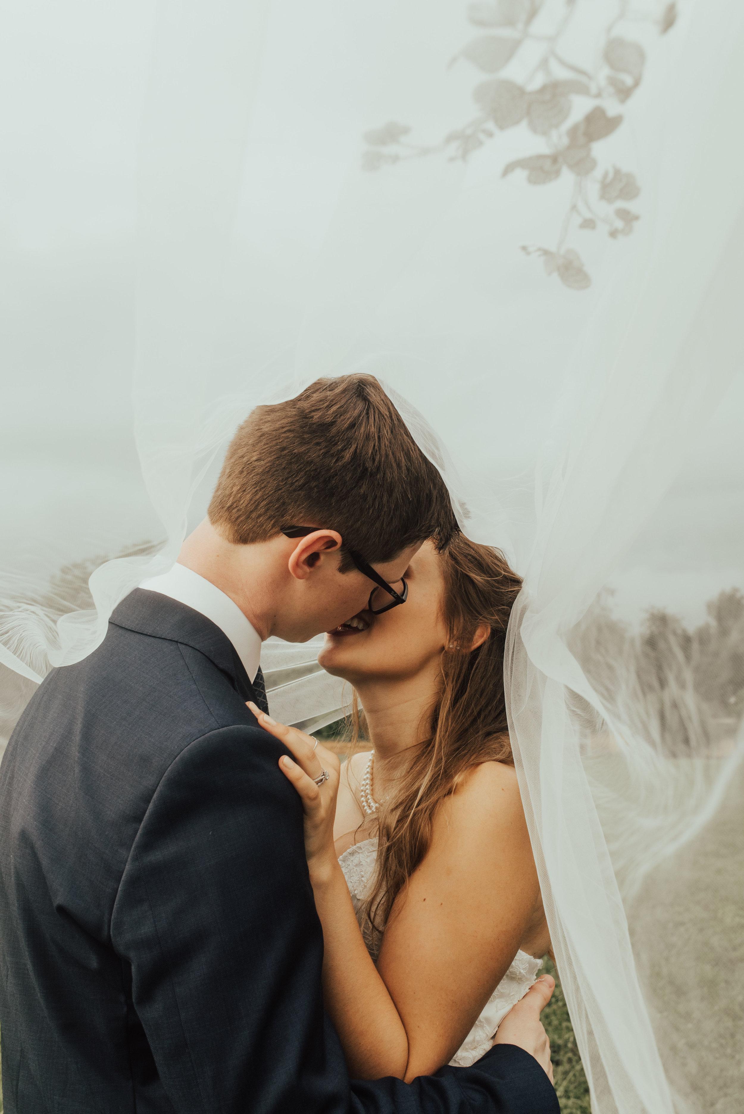 Bride & Groom Chesapeake. SB Photographs.jpg
