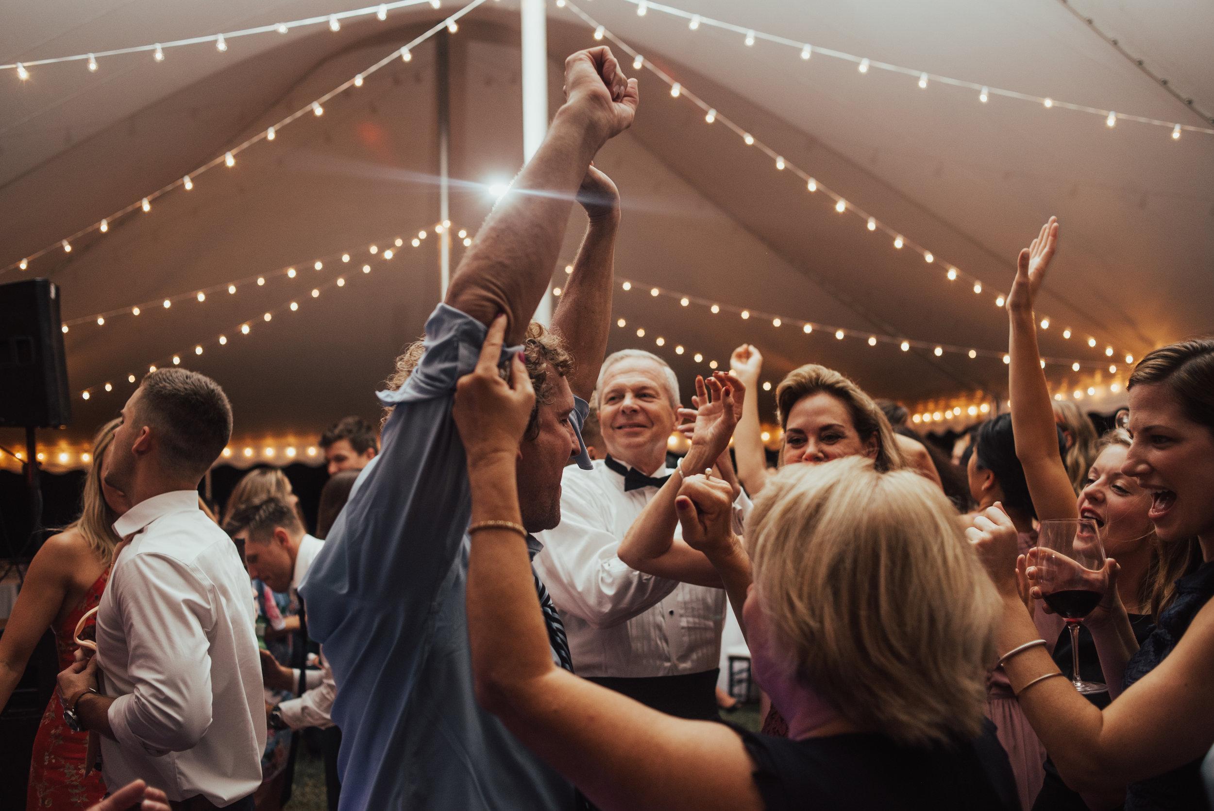 Smithfield Wedding By SB Photographs3963963963960396396396396396396396.jpg