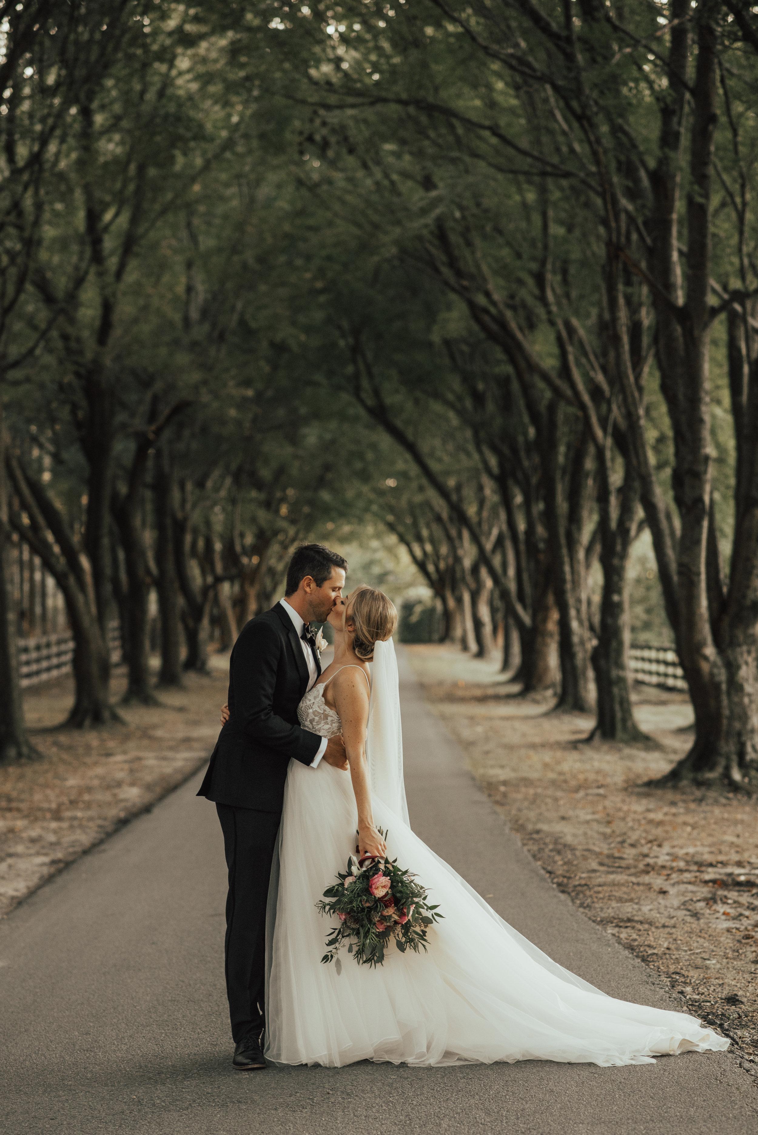 Smithfield Wedding By SB Photographs1301301301300130130130130130130.jpg