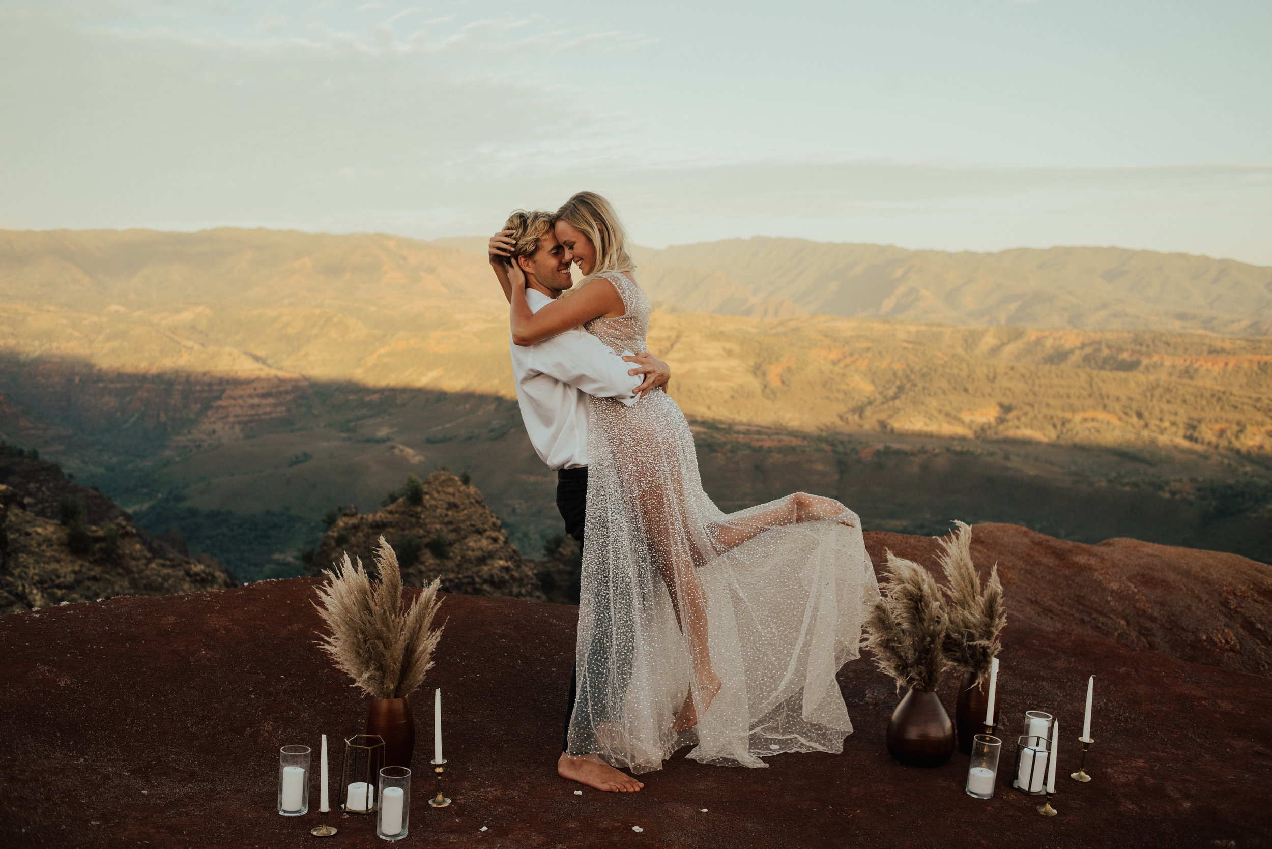 Waimea Canyon Elopement by SB Photographs01101001000111001110110110100100100001101001DSC_6643DSC_66430001101.jpg