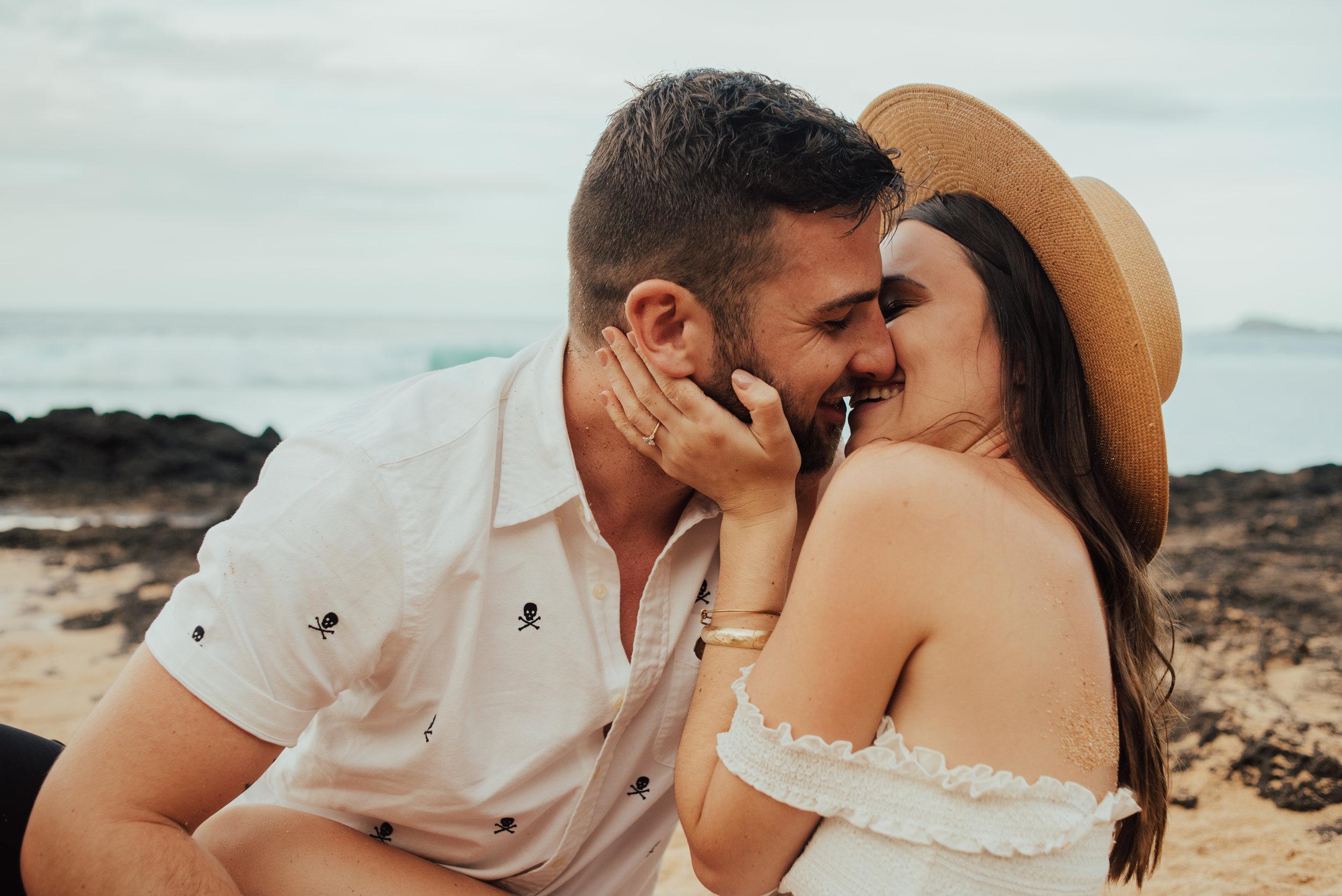 Kauai Secret beach Couple Session by SB Photographs01101001000111001110110110100100100001101001DSC_8303DSC_83030001101.jpg