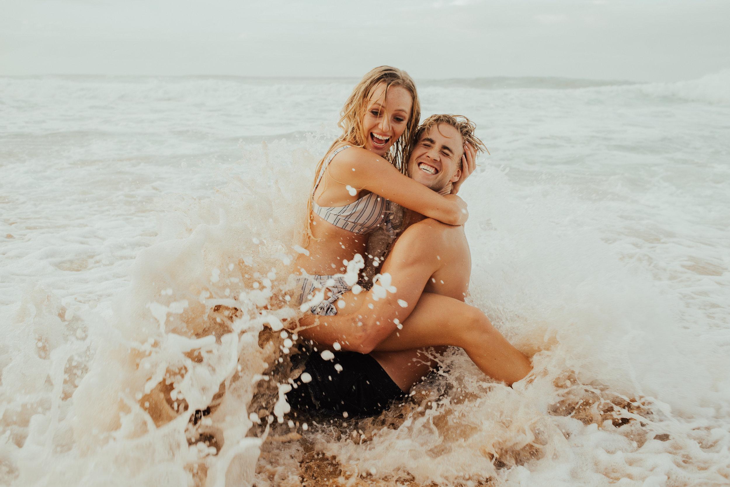 Kauai Secret beach surfing Couple Session by SB Photographs01101001000111001110110110100100100001101001DSC_9382DSC_93820001101.jpg