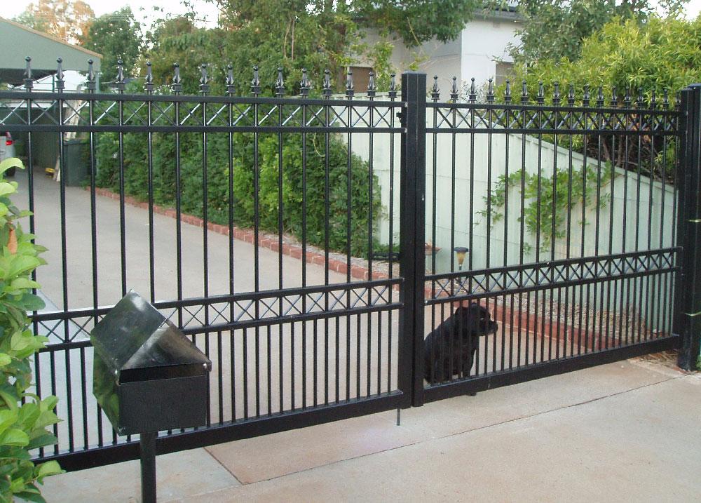 cross-top-double-gate-w-doggy-bars.jpg