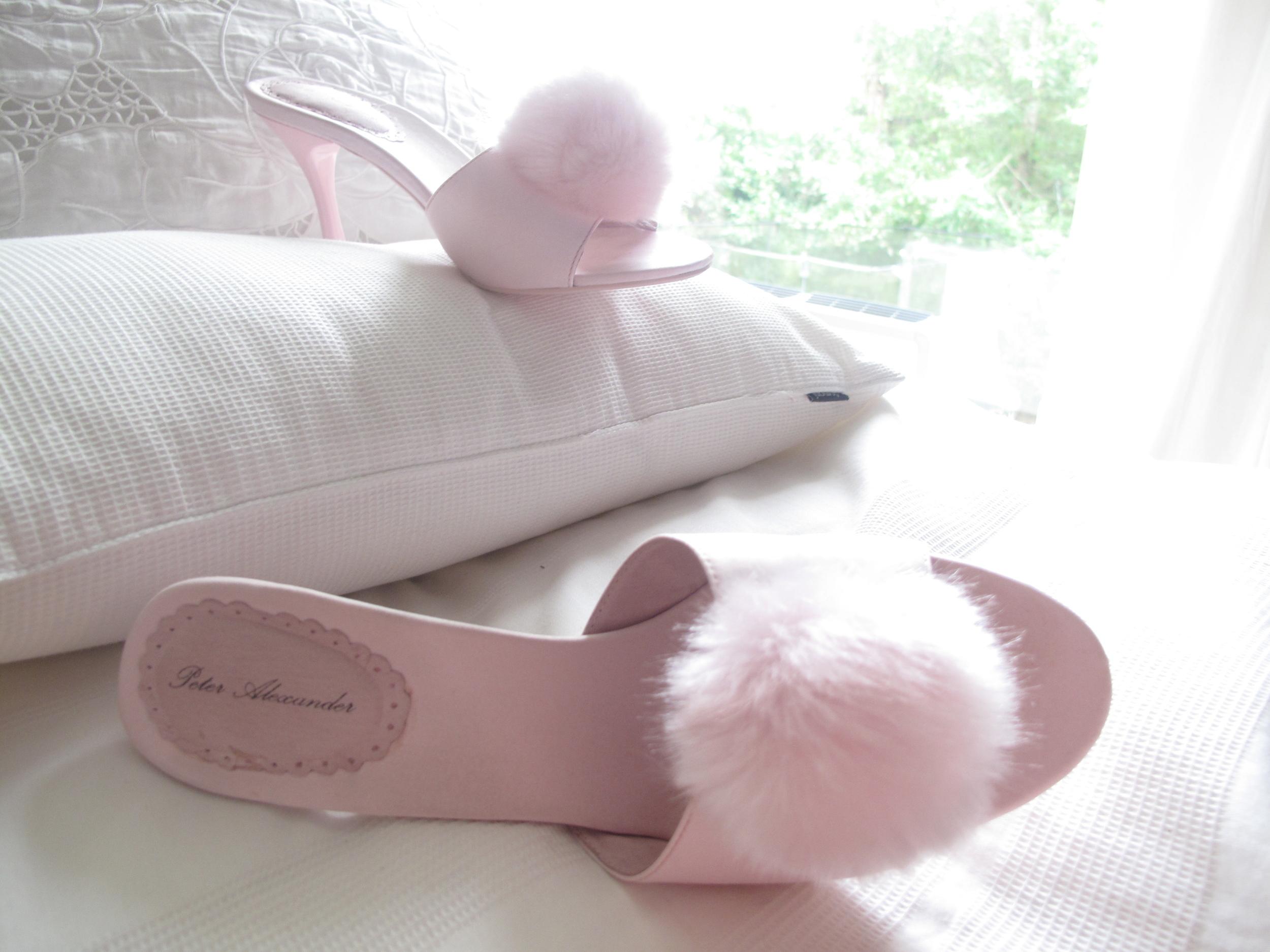 Marilyn Monroe marabou slippers