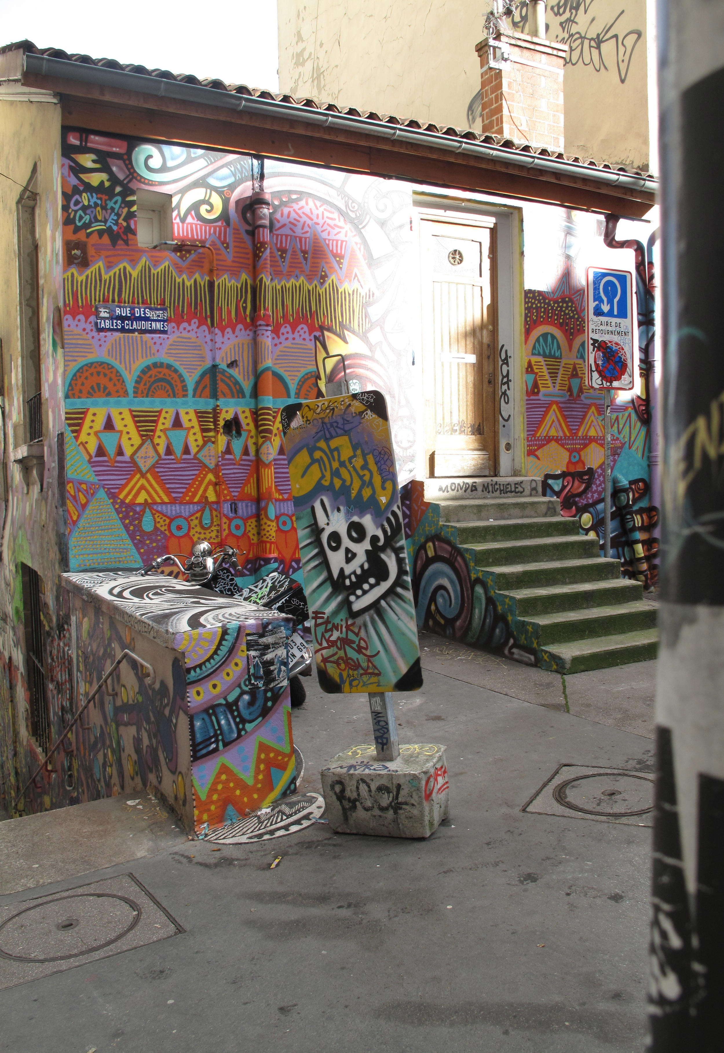 Colourful graffiti covering a whole house in the Croix Rousse, Lyon