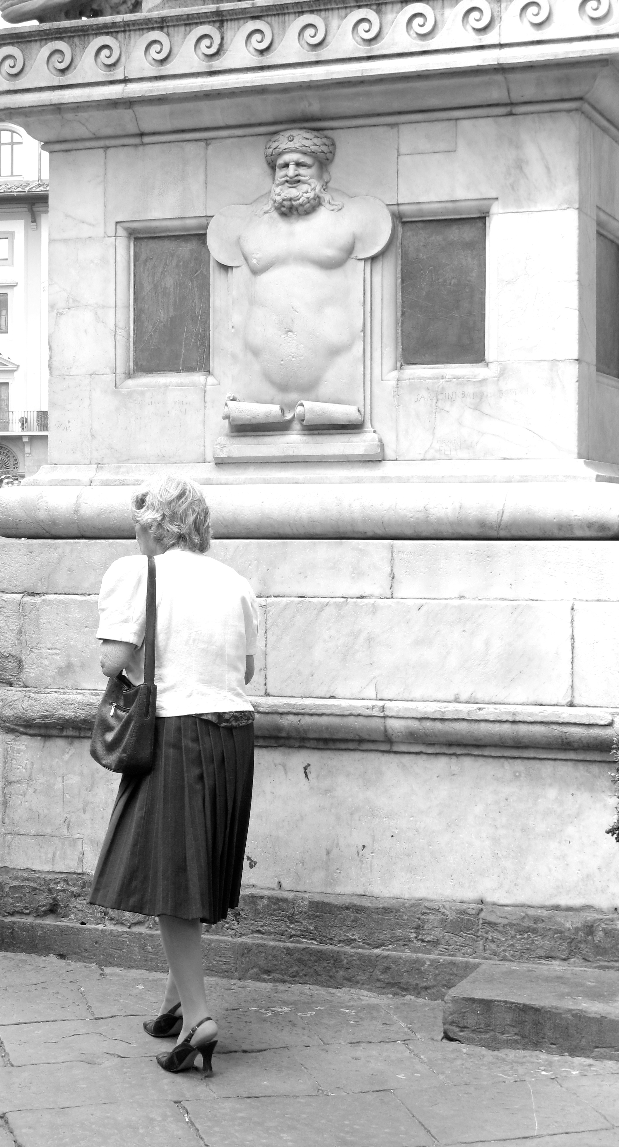 Old lady looking very fashionable in Florence