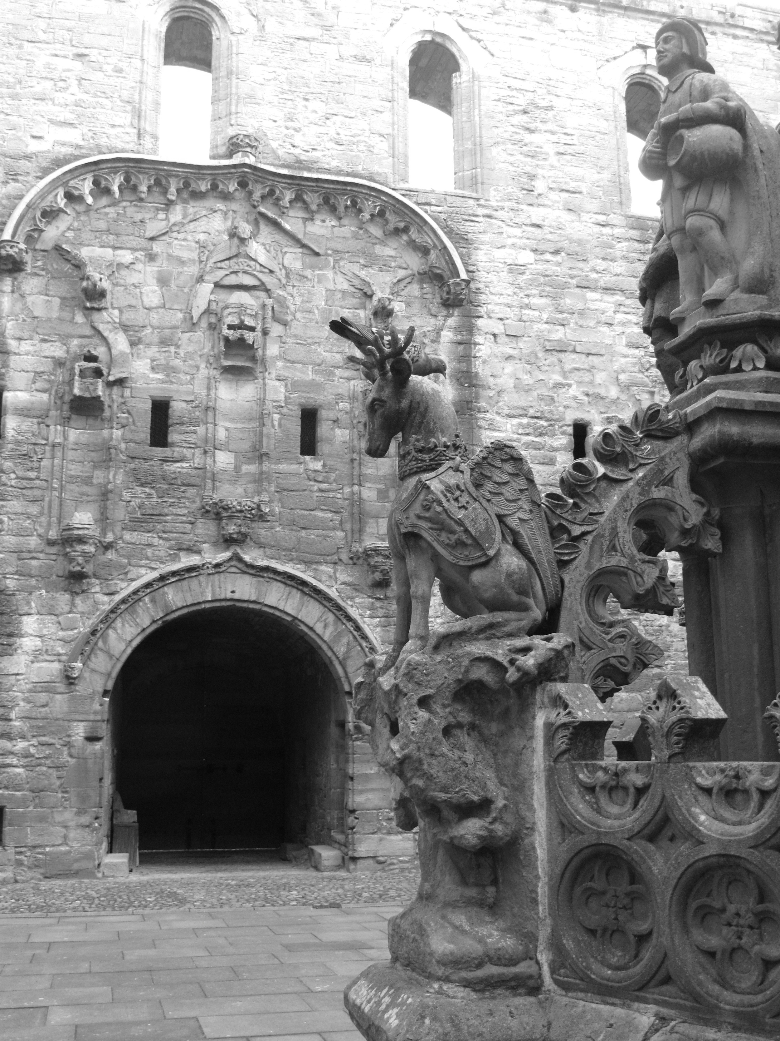 Linlithgow Palace fountain.