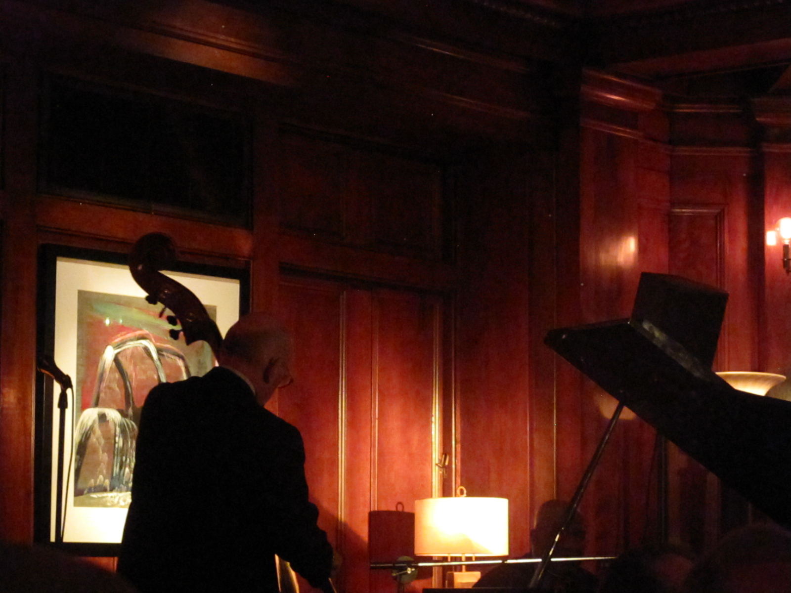 Overton Berry playing jazz in Seattle.
