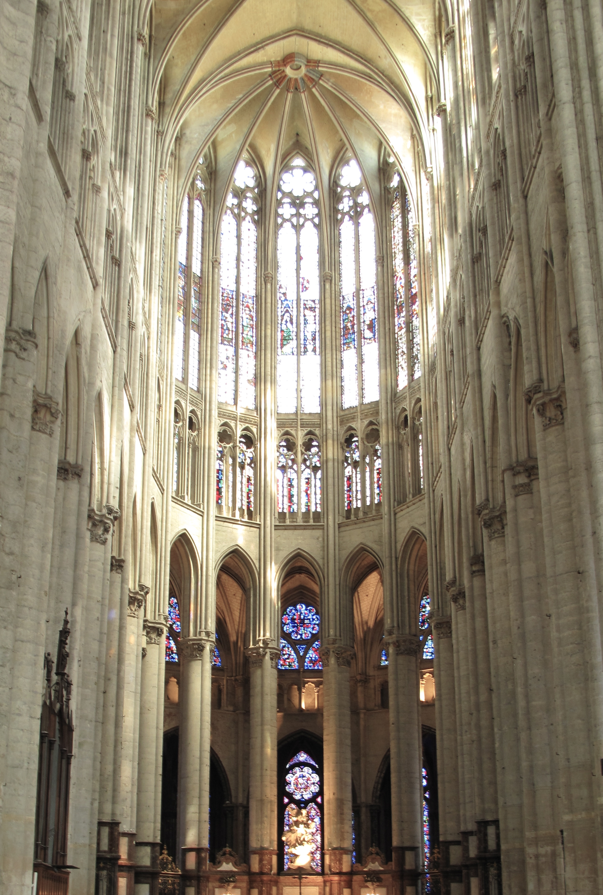 Inside the transept of Beauvais amazingly tall cathedral!