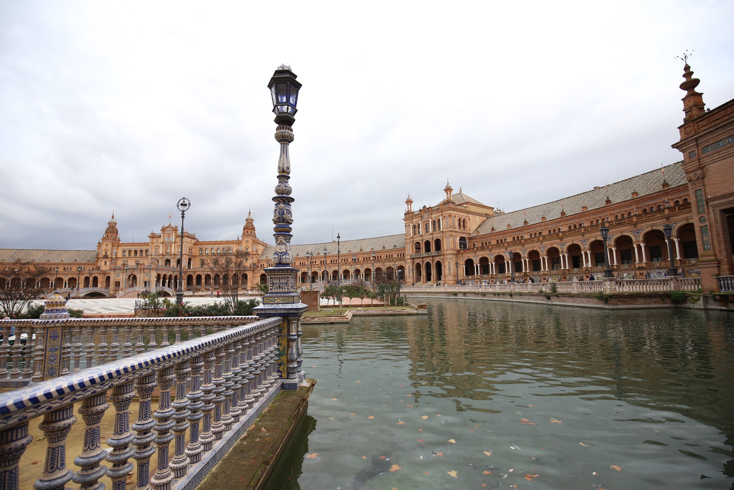 plaza de espana in winter