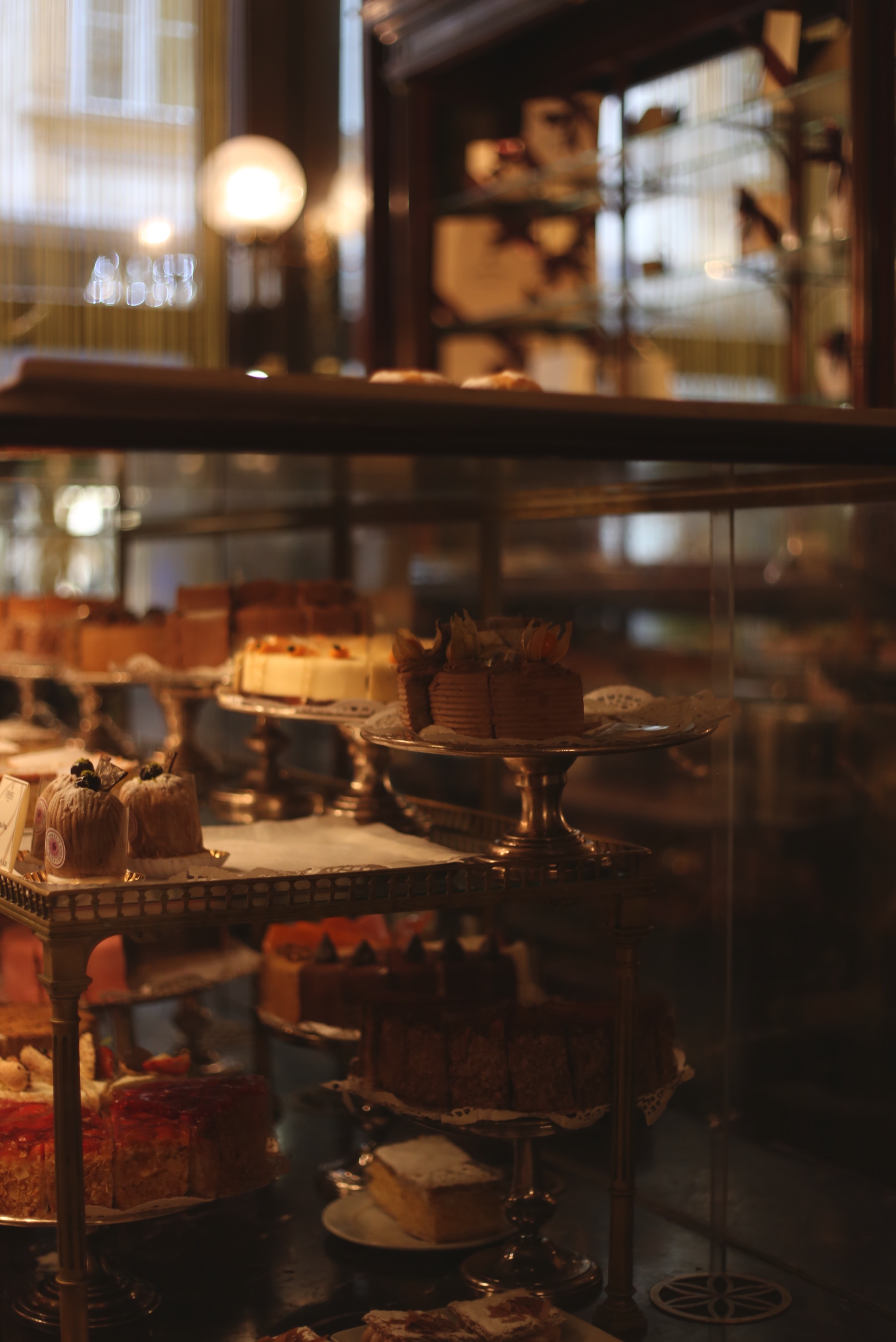 cakes on stands