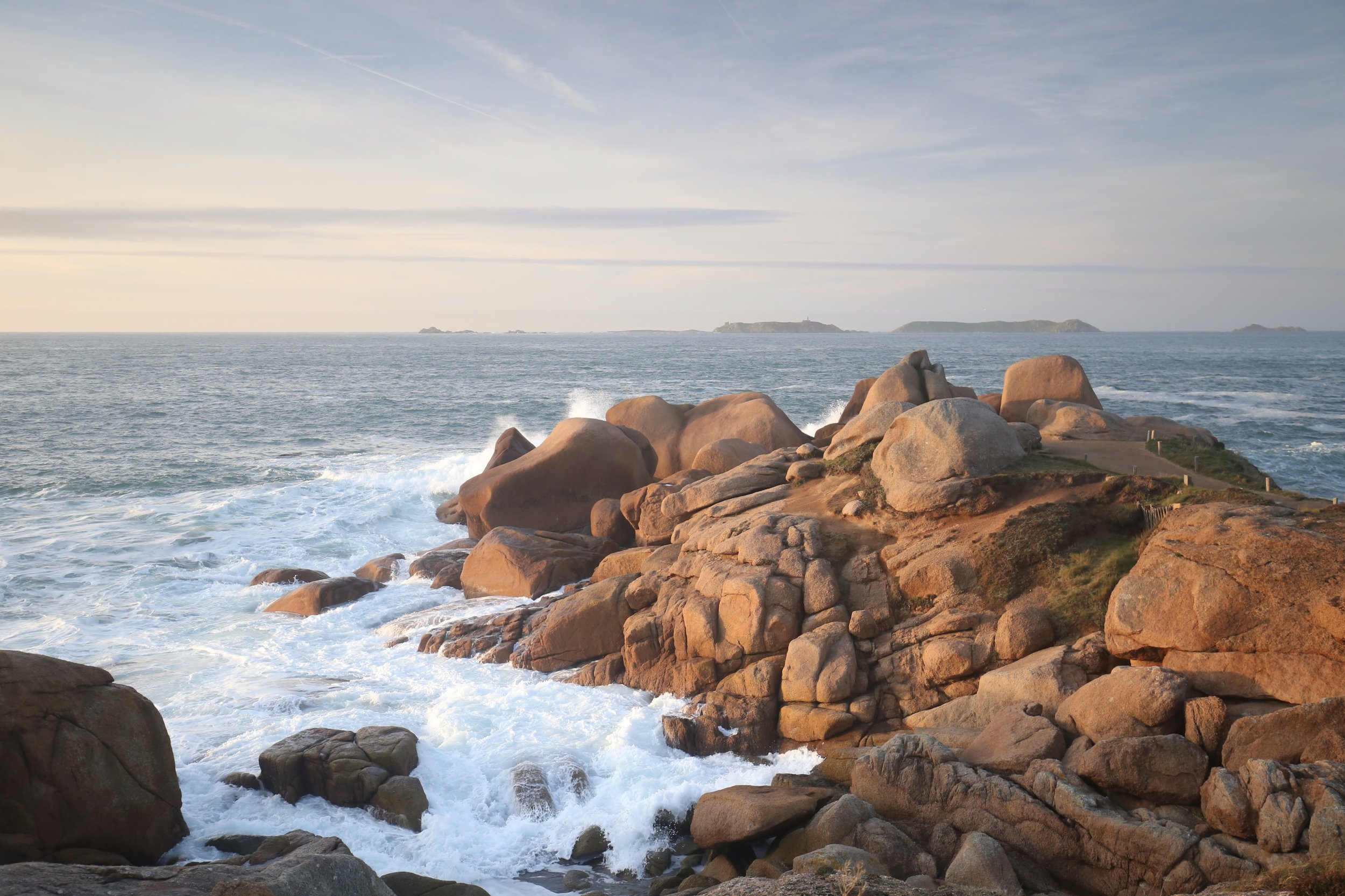The rose rocks on the granit rose coast of France.