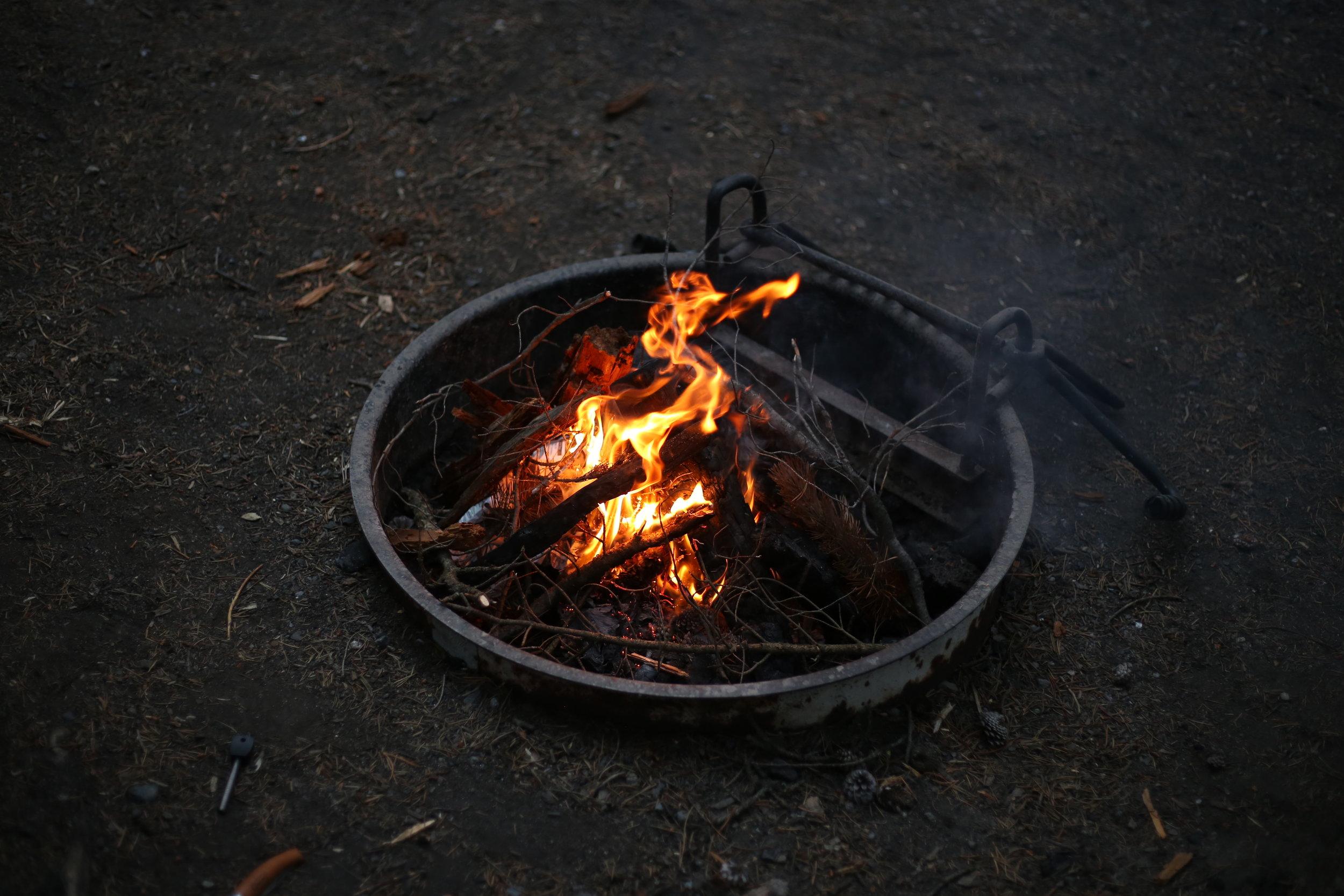 yellowstone camp fire