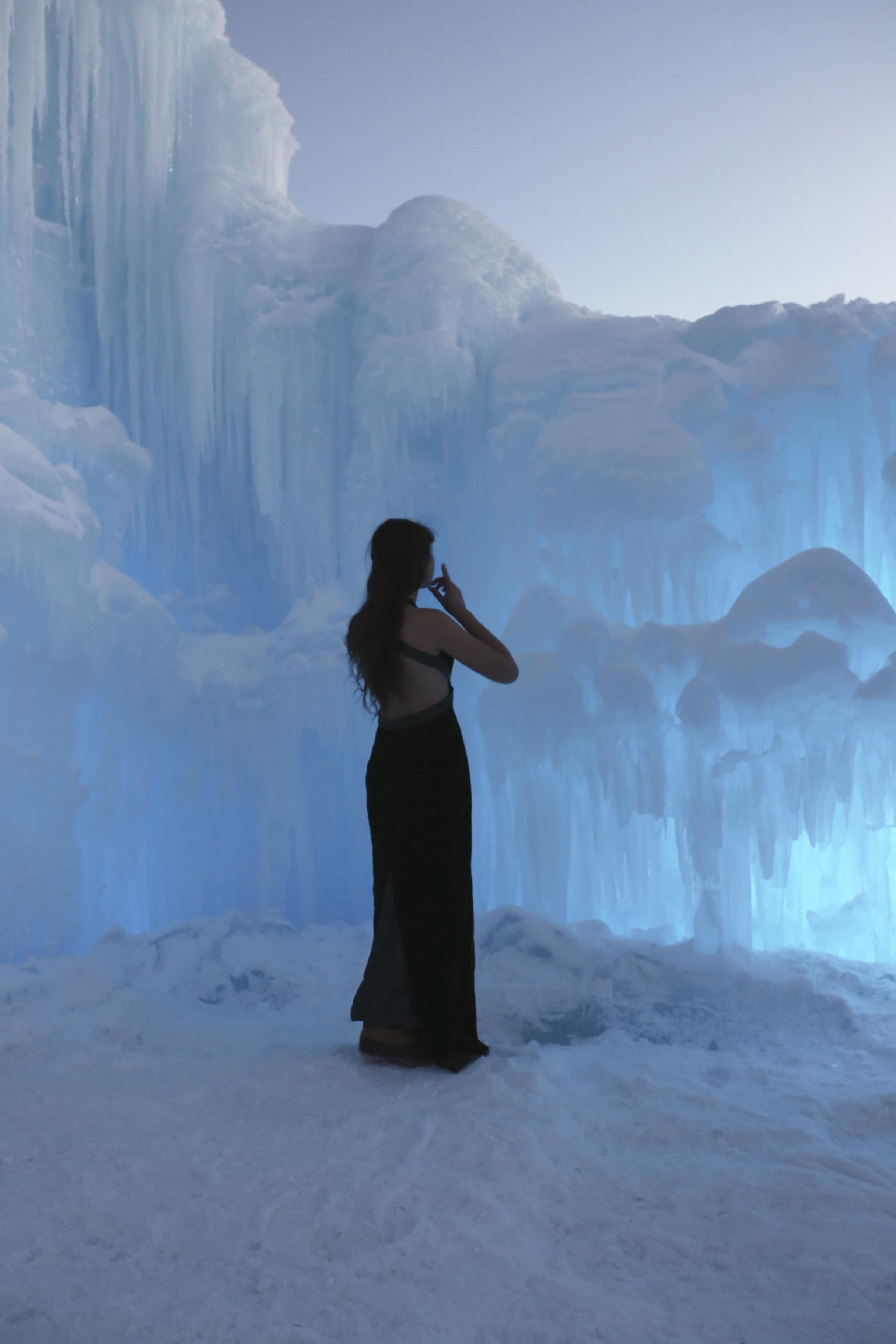 frozen photoshoot ice castle