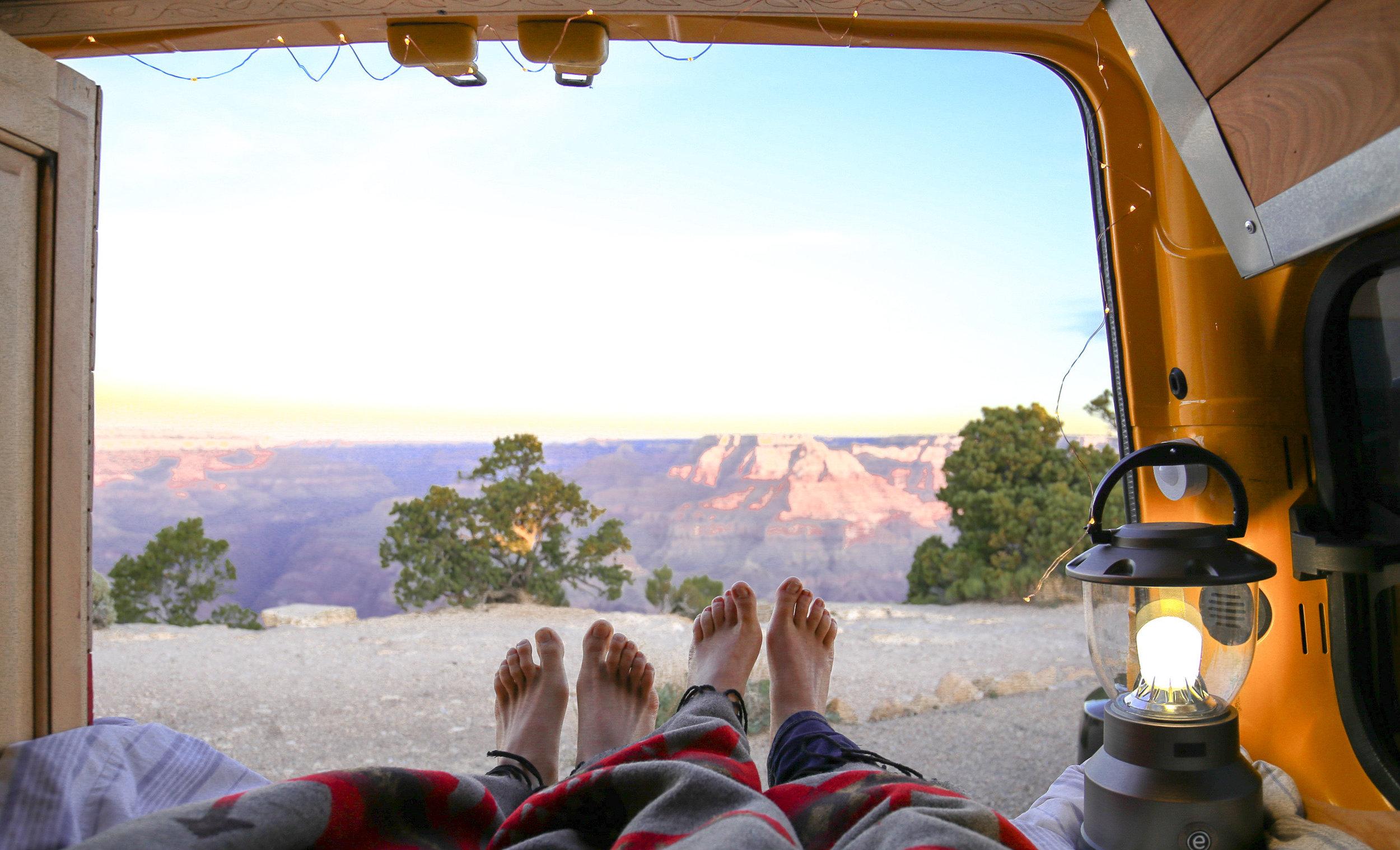 sunrise-vanlife-grand-canyon