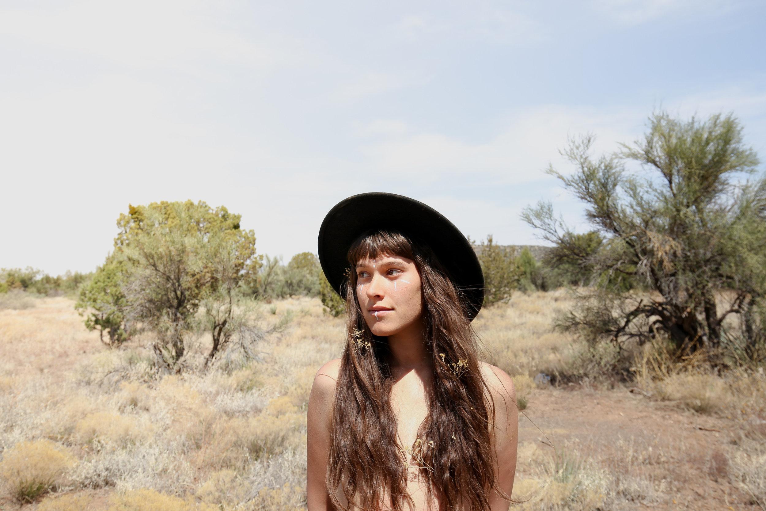 desert-goddess-portrait-photographer