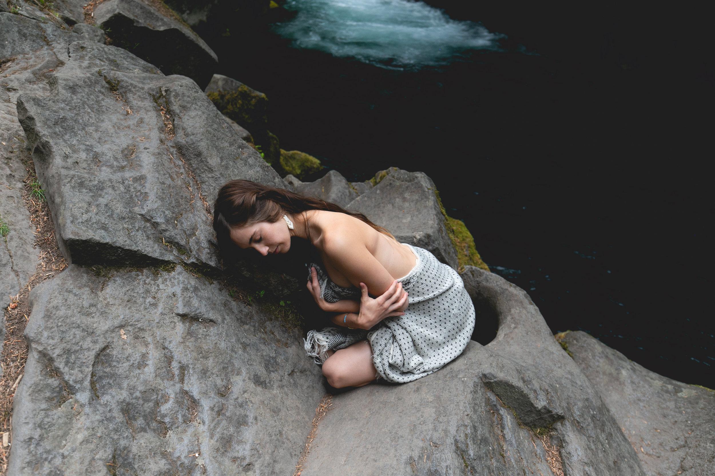 goddess-portrait-forest-river-pnw