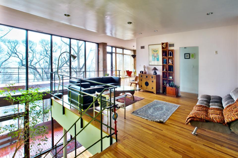 87 Fernwood Lane, Roslyn - $940,000