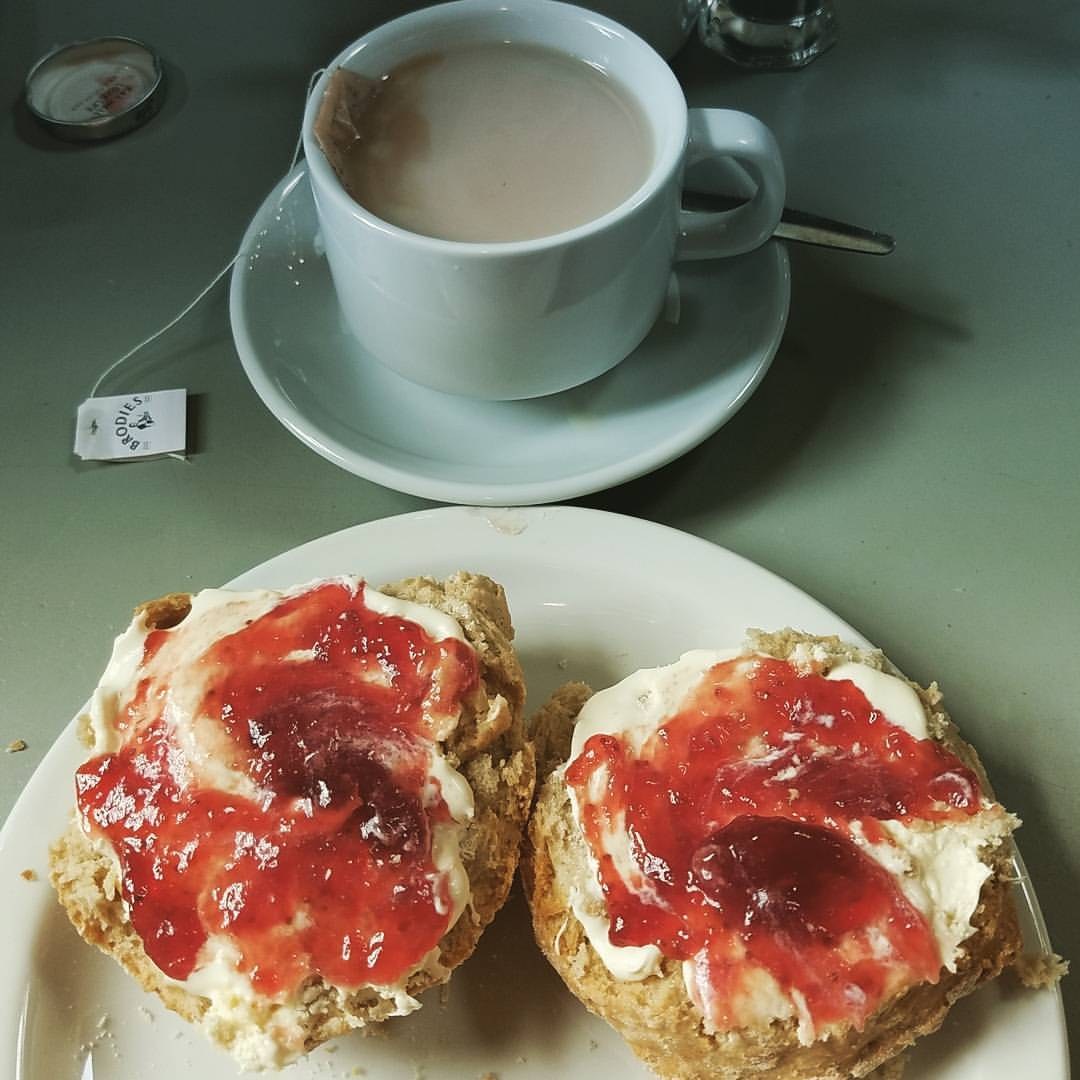 """Proper"" tea and scones!"