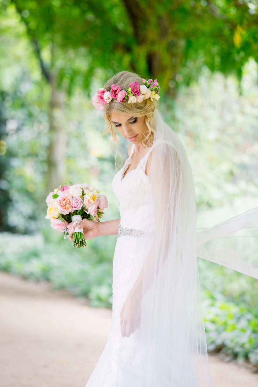 Alowyn-gardens-wedding-photo-24.jpg