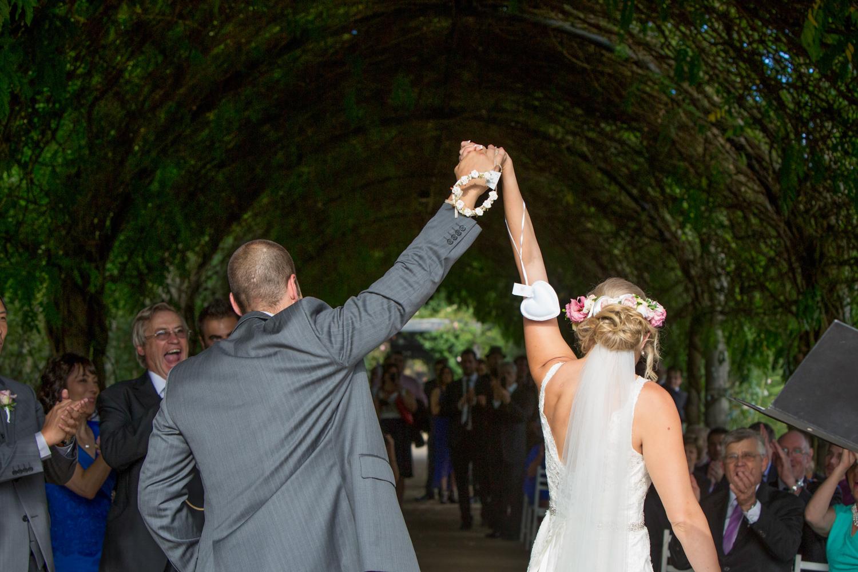 Alowyn-gardens-wedding-photo-33.jpg