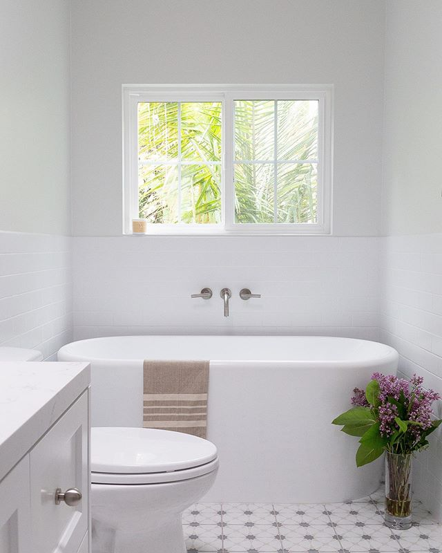 Monday Morning Before & After: Master Bath Full Remodel #westla Project . . . . . . . . . . . . . . #interiordesigner #igdaily #masterbathroom #newyork #losangeles #2019 #inconstruction #design #tile #work #masterbathroomremodel #renovation #transformation #beforeandafter