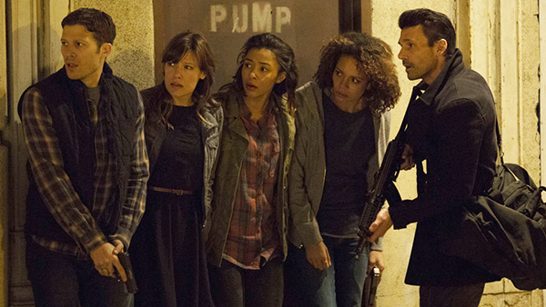 Frank Grillo's Leo Barnes protecting those in need in  The Purge: Anarchy .
