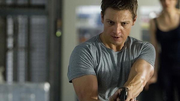 Jeremy Renner as Jason Bourne lite… I mean , Aaron Cross.