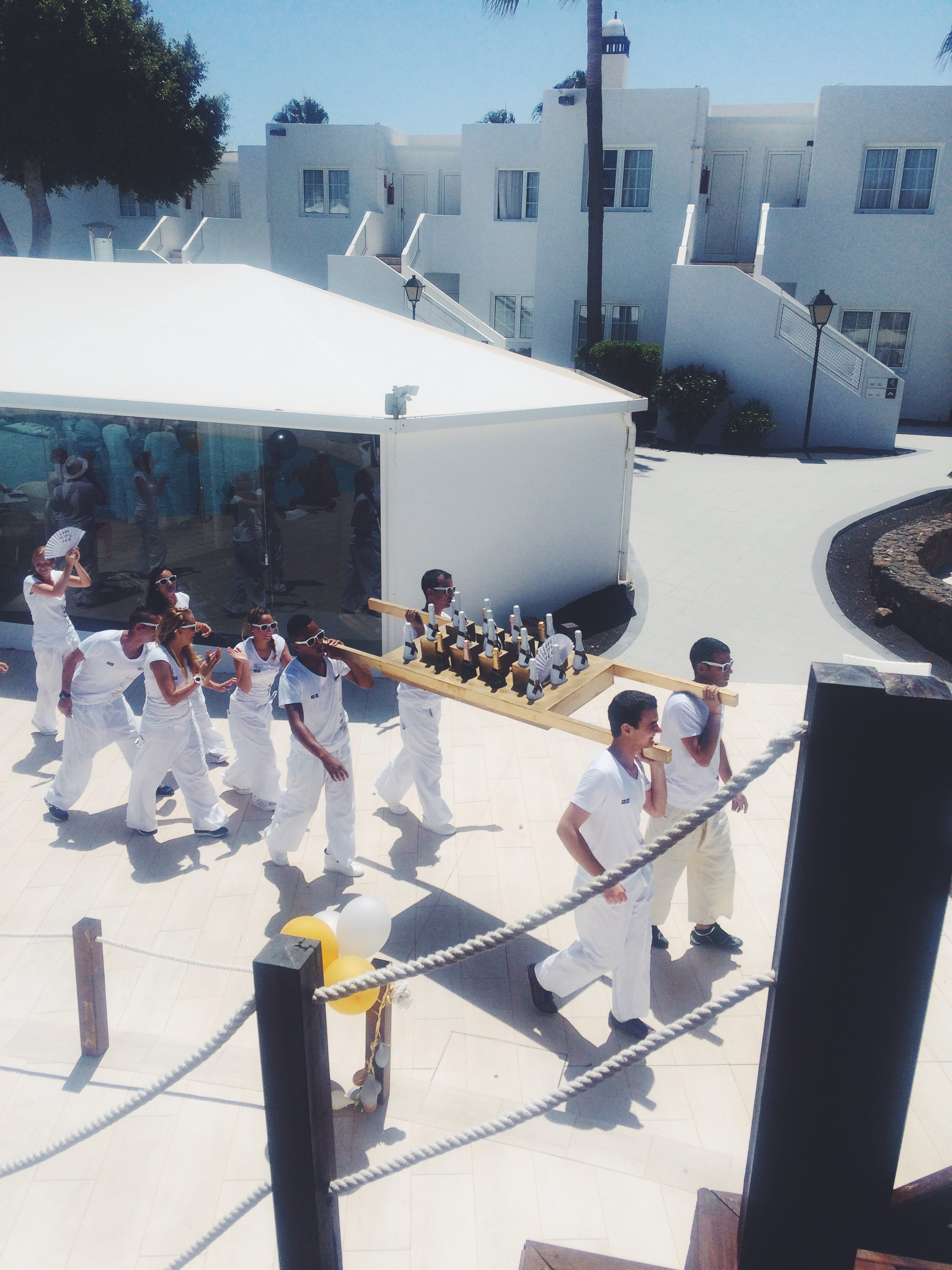 h10 White Suites Lanzarote Hotel, Moet Champagne Pool Party