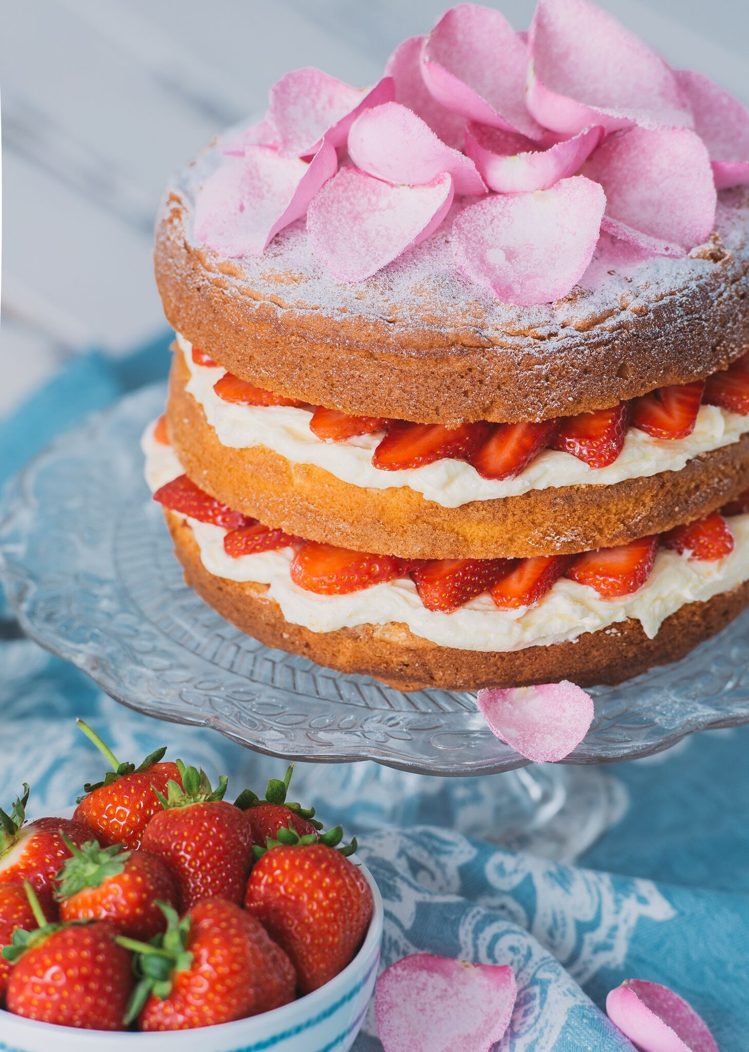 Victoria Spong Cake for The Great British Bake Off, Food Styling