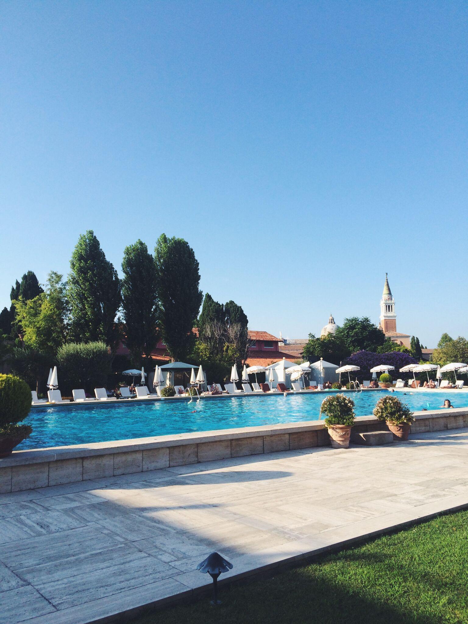 Belmond Cipriani Swimming Pool view