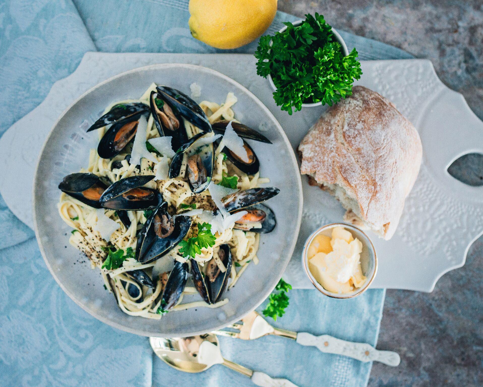The Creative Larder Food Styling Mussel Linguine Recipe